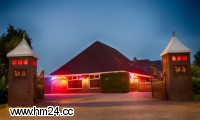 Privathaus Nightlife aus Nieuw-Beerta Zungenkuss Zungenanal
