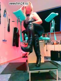 Lady Senta aus Osnabrück Abstrafung Analbehandlung